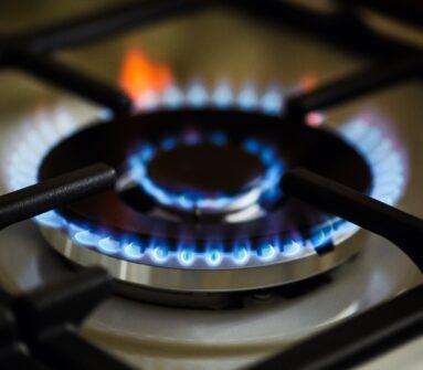 """""""这将是一个昂贵的冬天"""":天然气价格飙至六年来最高"""