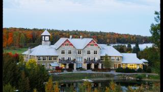渥太华最清新脱俗的景色和最奢华内涵的玩乐,全在这个度假小镇了