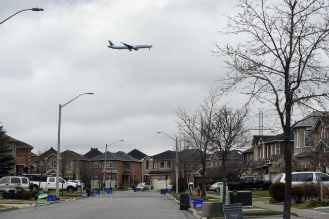加拿大富人纷纷逃离,4年每日骚扰达百次