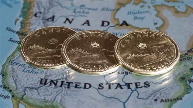 PC_150722_9933d_huards-dollars-canadien_sn635