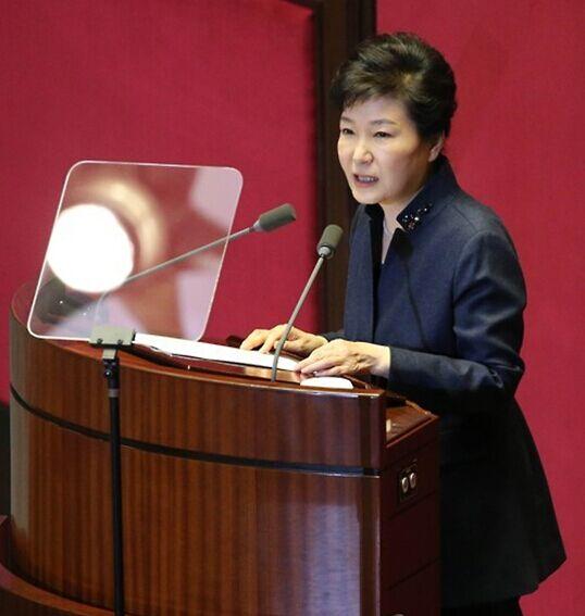 朴槿惠:让朝鲜明白不放弃核武器政权就无法生存