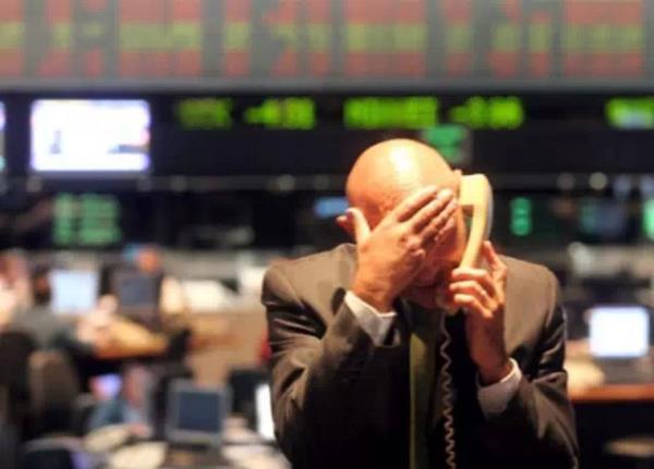 全球崩盘 李嘉诚最伟大投资遭劫难 加元能挺住吗