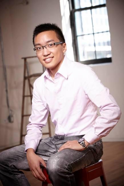 24岁华裔辍学创业赚百万 分享秘诀