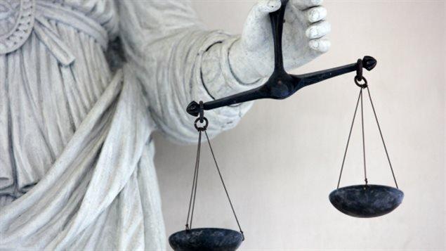 加拿大司法部律师必须交回多得的奖金