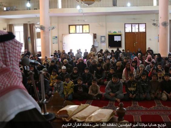 IS头目巴格达迪疑消失一年半之后再次露面(图)