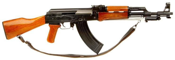 华人区士嘉堡查获中国56式冲锋枪及144发子弹