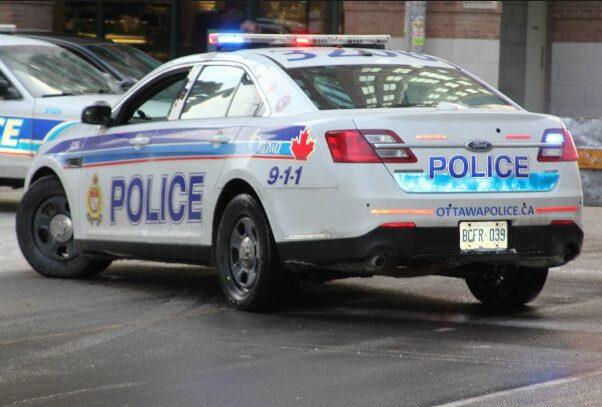 渥太华警察