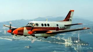 菲总统:将向日本租借5架军机巡航南海