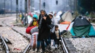 默克尔谴责一些国家单方面封锁移民通道