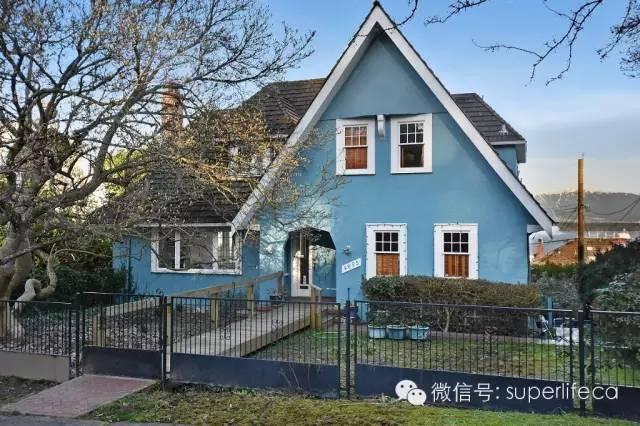 这是疯了吗?加拿大一豪宅超过叫价1百17万成交,买家是华裔