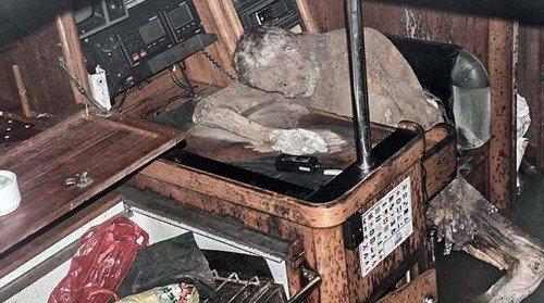 """德国探险家失踪7年后成""""木乃伊""""遗体仍保持坐姿(图)"""