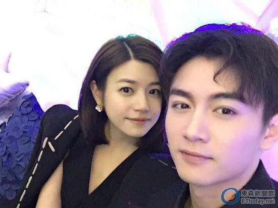陈晓透露与陈妍希年底完婚 对方自带性感