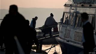 希腊开始向土耳其遣送非法移民