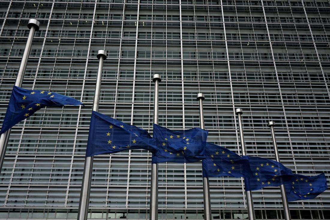 欧盟威胁取消加拿大和美国公民的免签待遇