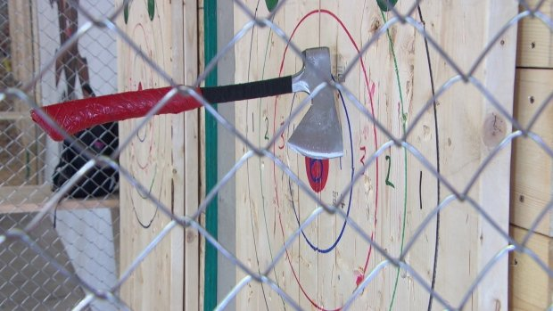 bad-axe-throwing