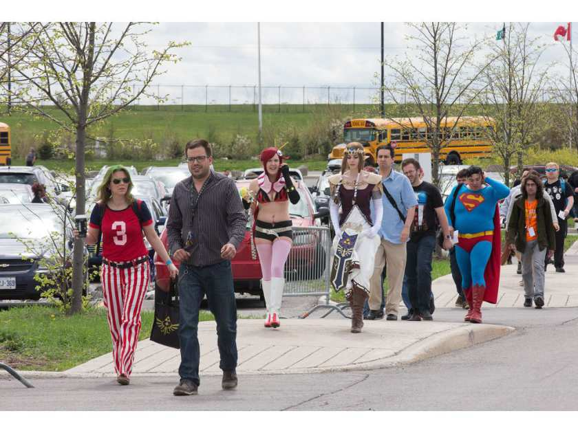 cosplayers-and-enthusiasts-head-to-ottawa-comiccon-2016-as-i