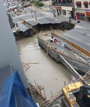 sinkhole-rideau-street-downtown-ottawa-june-8-2016