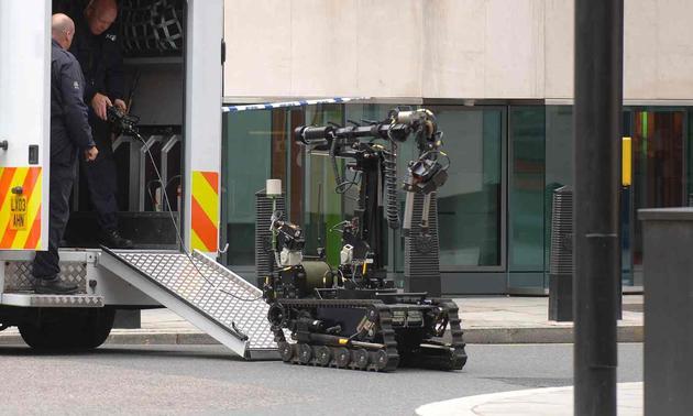 达拉斯袭警事件:美国警方首次用机器人击毙嫌犯