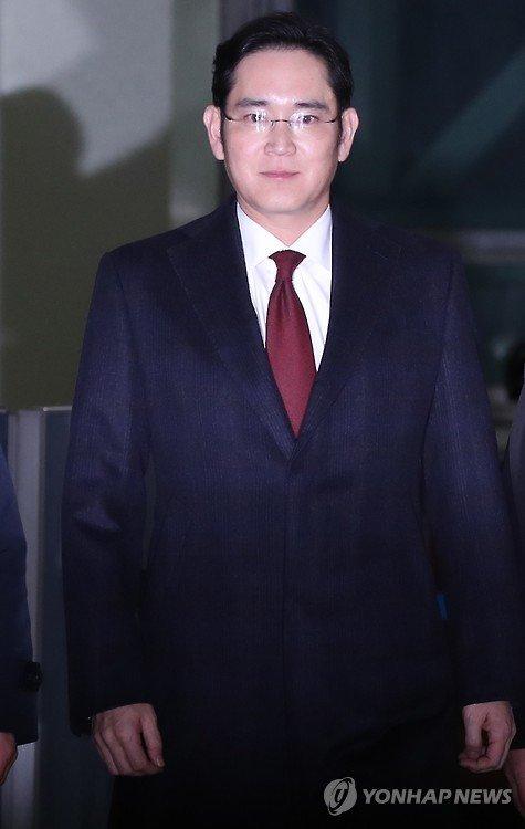 """韩调查组欲逮捕三星""""太子"""":涉行贿430亿韩元"""