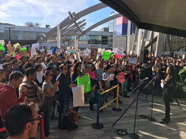 谷歌全球员工抗议特朗普移民禁令 CEO参加