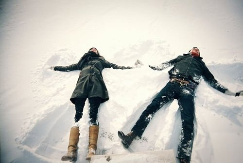 233041-Couple-Snow-Angel