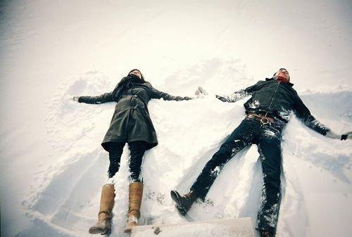 233041-Couple-Snow-Angel