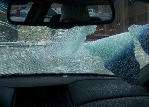 inside-windshield-flying-ice