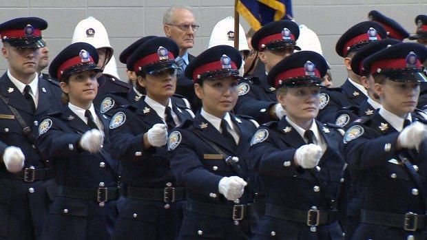 toronto-police-recruits