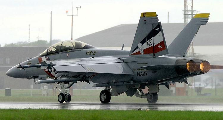 一架F18战斗机在西班牙首都马德里坠毁