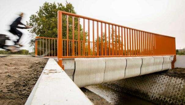 敢来吗?荷兰开通世界首座3D打印混凝土桥