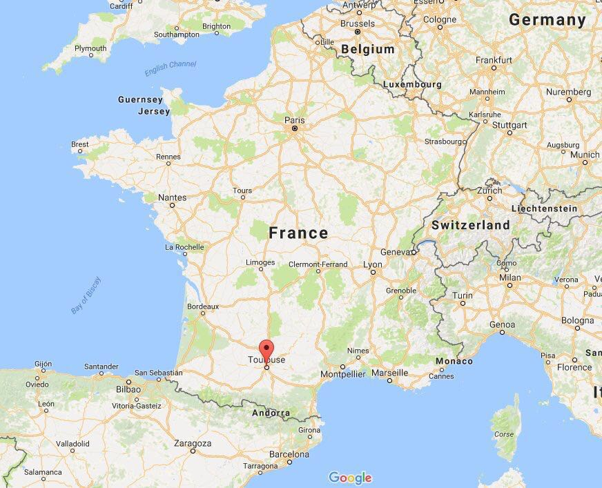 法国汽车袭击致3伤 2名中国学生严重受伤