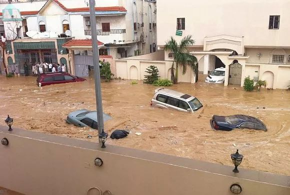 沙特一直升机坠毁 一王子等机上7人全部遇难