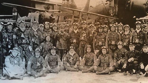 """日本年轻一代看""""神风突击队"""":不合理、英勇、愚蠢"""