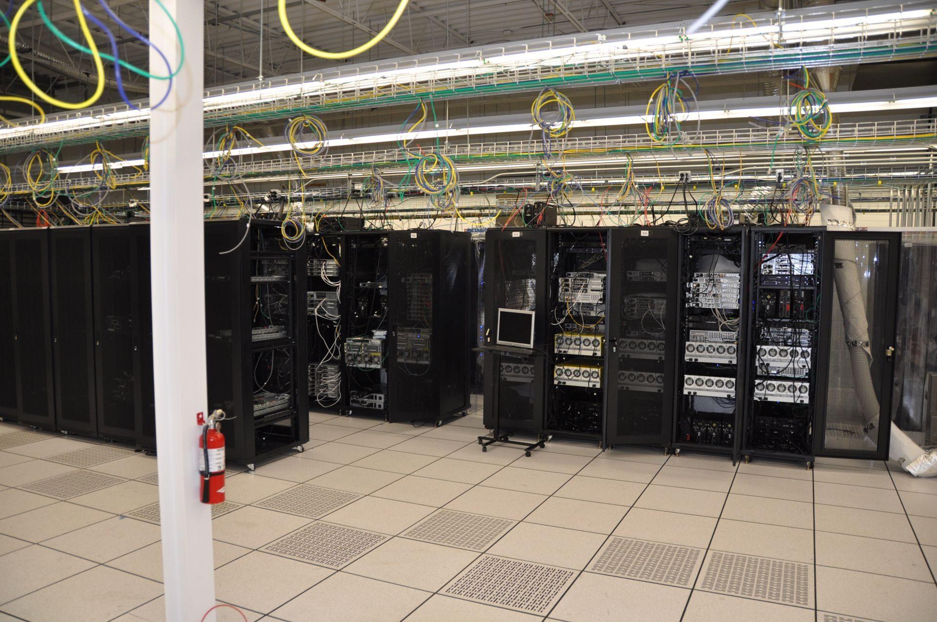 涉案公司服务器 图片来源:OPP News